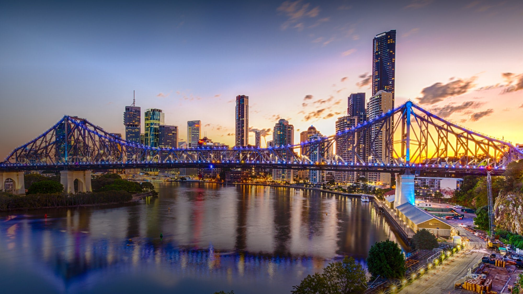 brisbane bridge