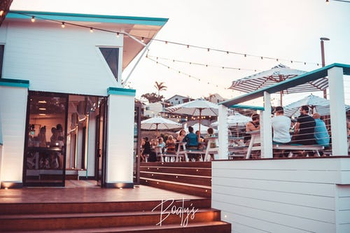 boatys bar airlie beach