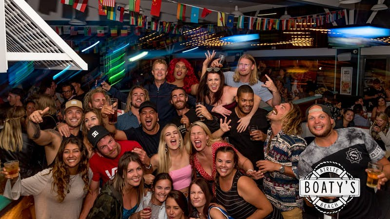 ladies night at airlie beach base backpackers
