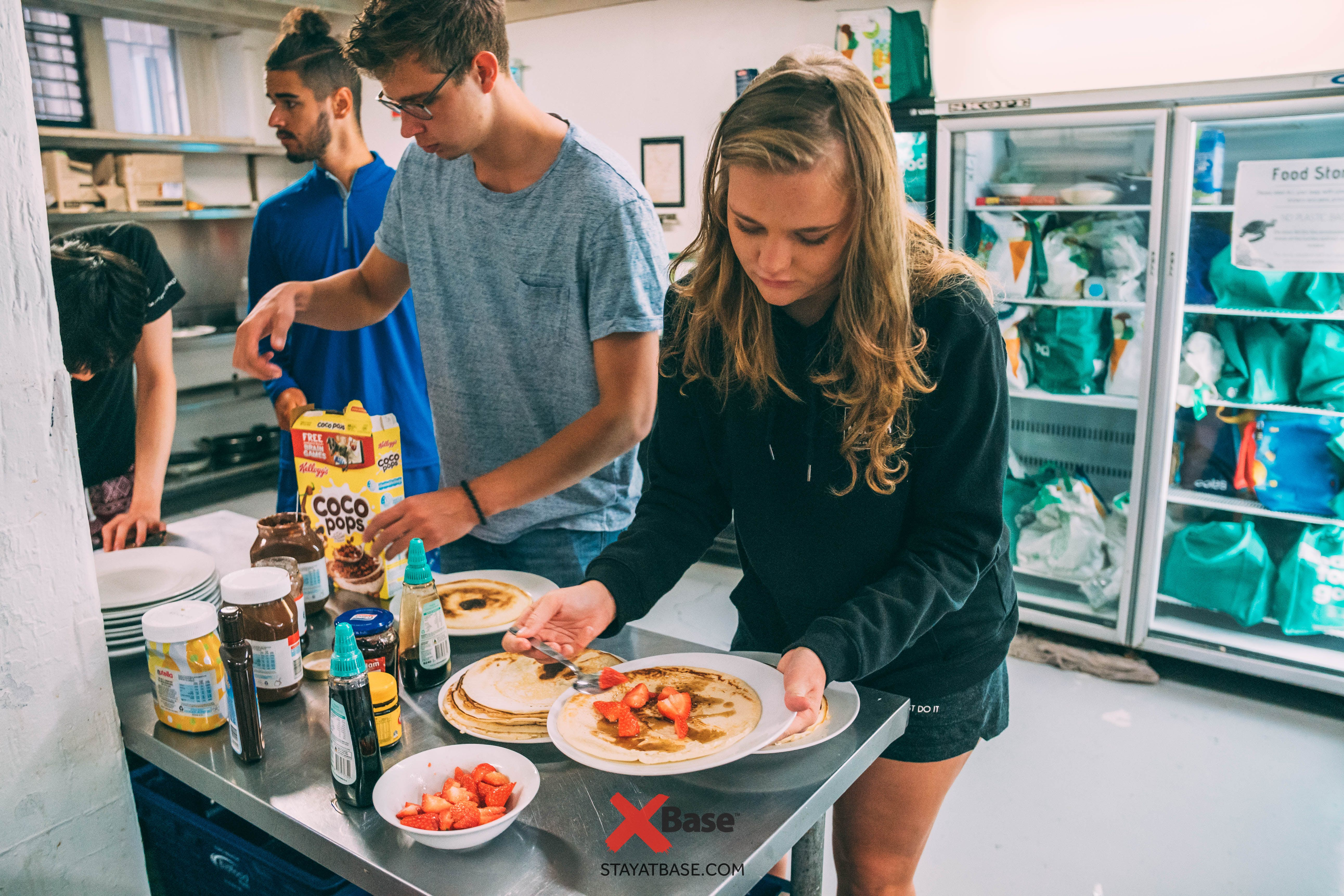 free pancake breakfast base backpackers sydney
