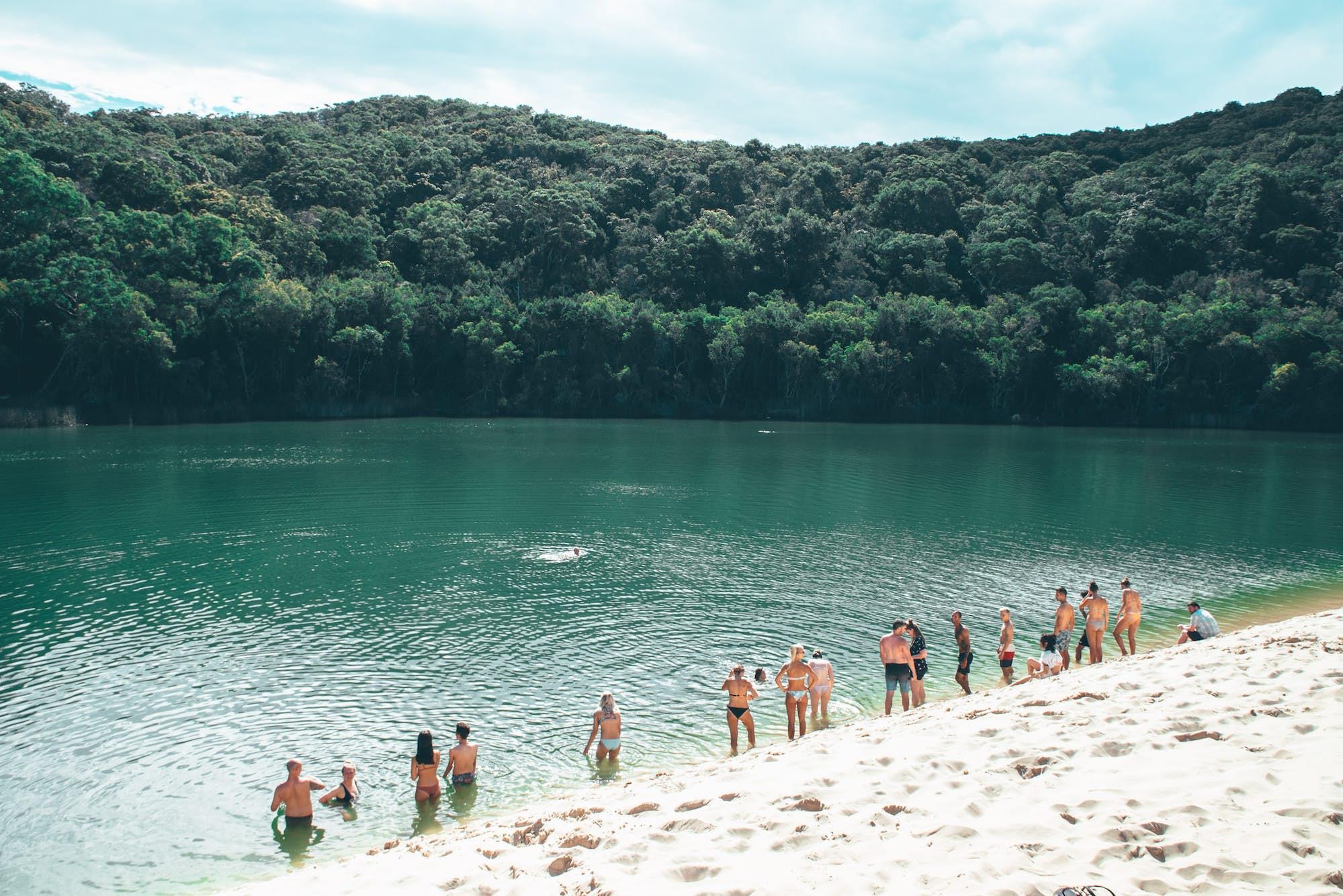 lake wabby fraser island