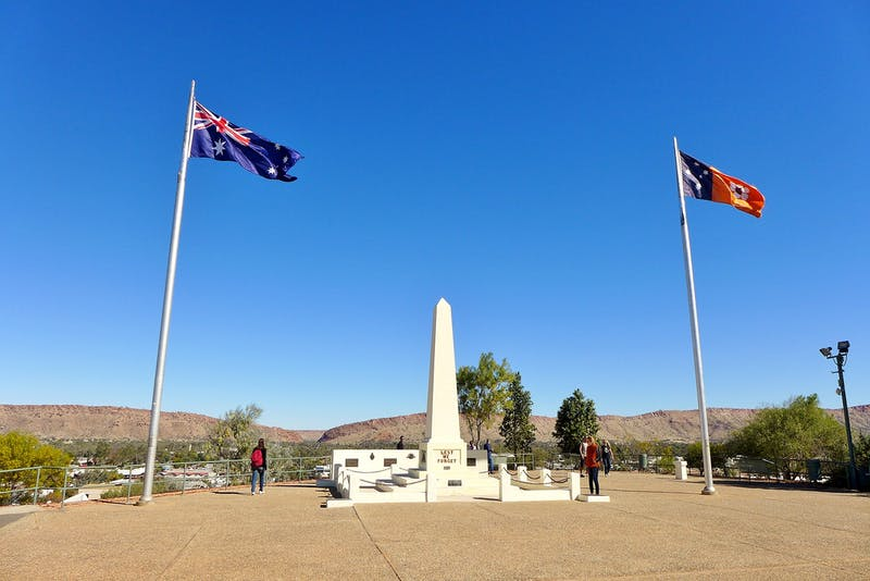 anzac hill alice springs things to do