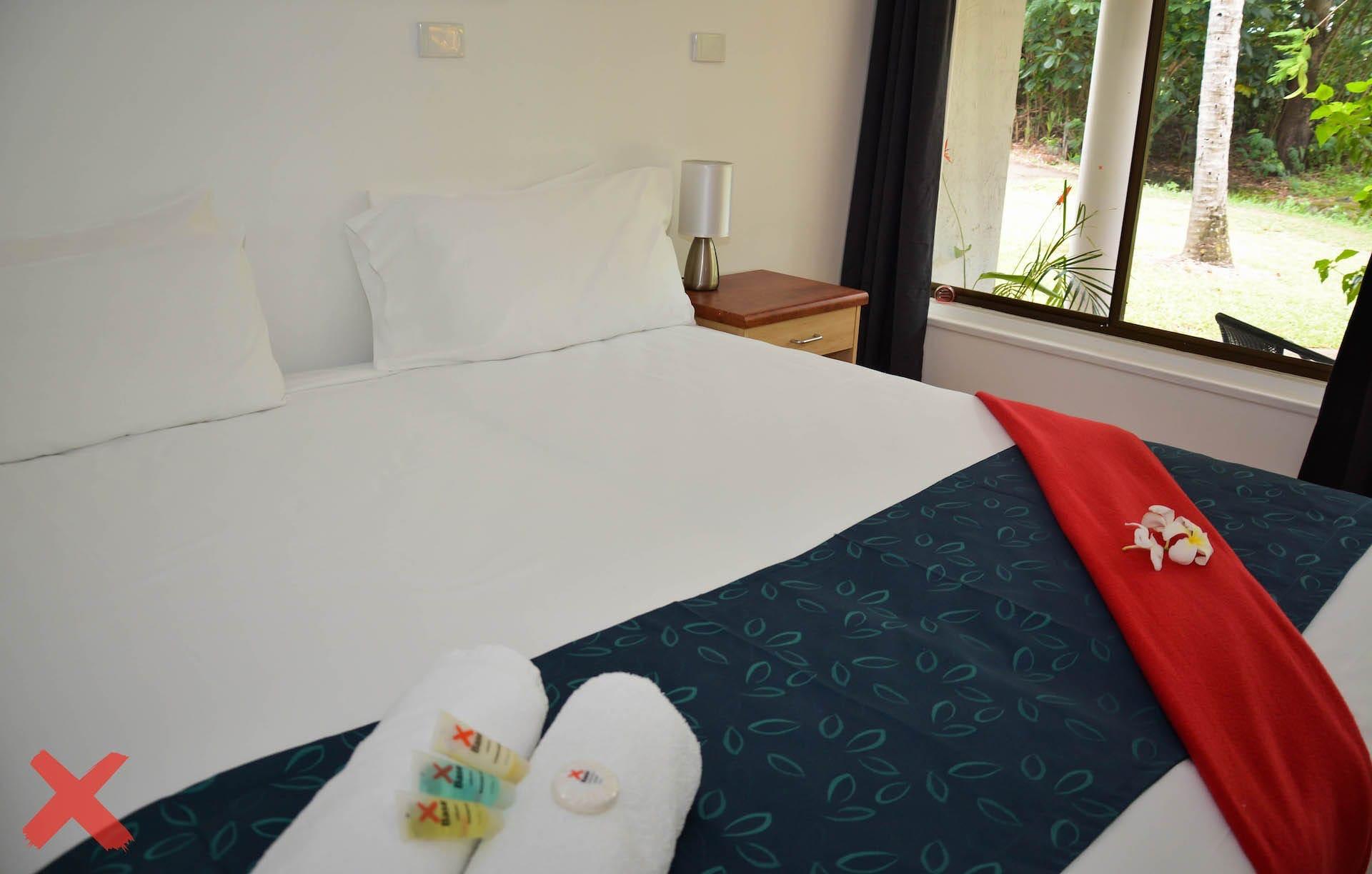 Base艾尔利滩背包客旅馆的私人皇后套房