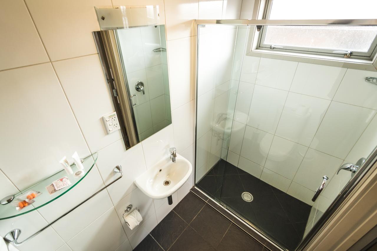 Base瓦纳卡背包客旅馆的浴室