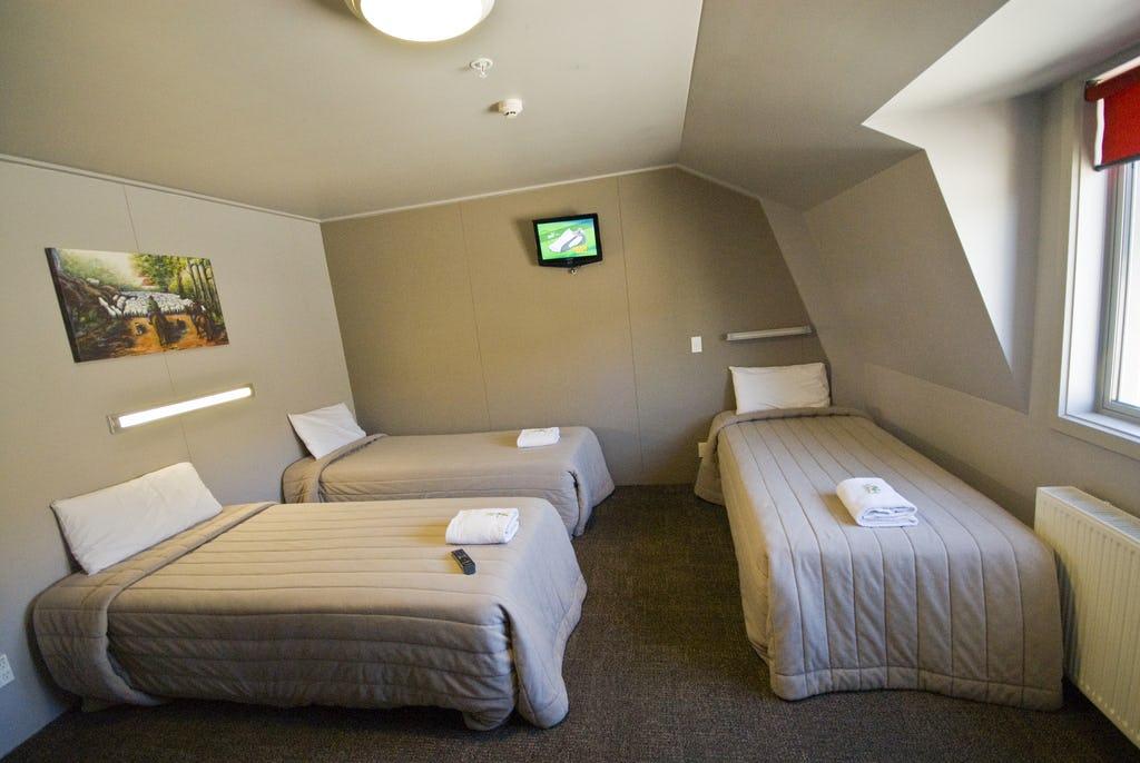 Base瓦纳卡背包客旅馆的私人三人房