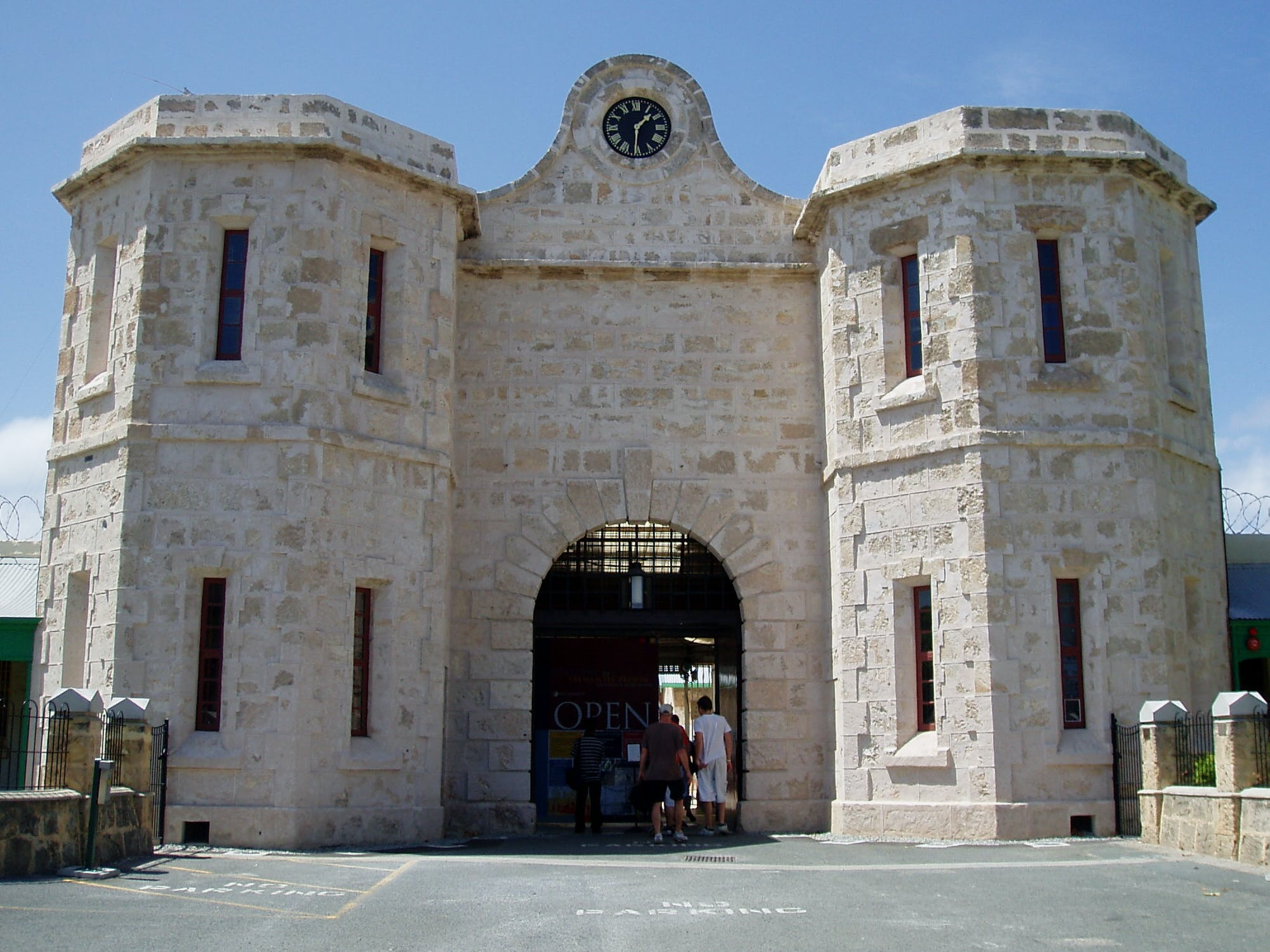 perth in four days - fremantle prison