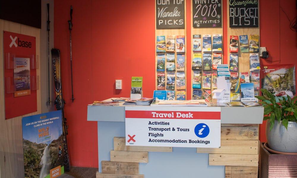 base wanaka accommodation travel desk