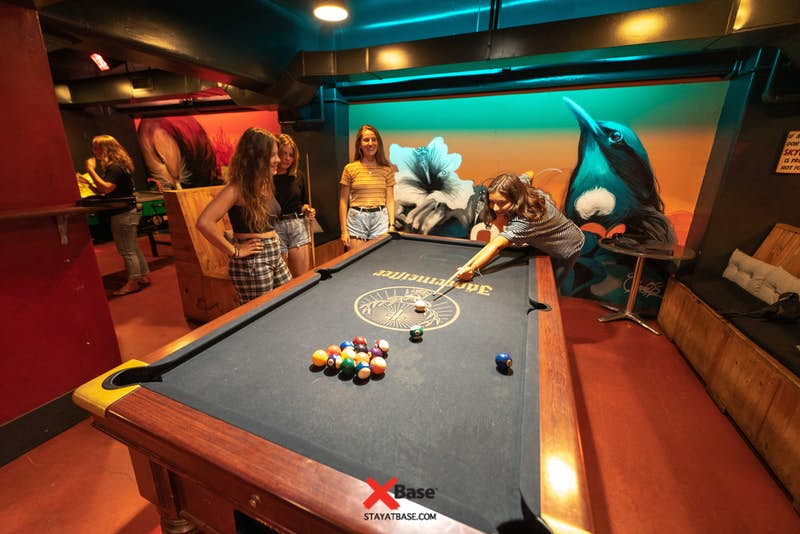 pool competitions at wellington base backpackers
