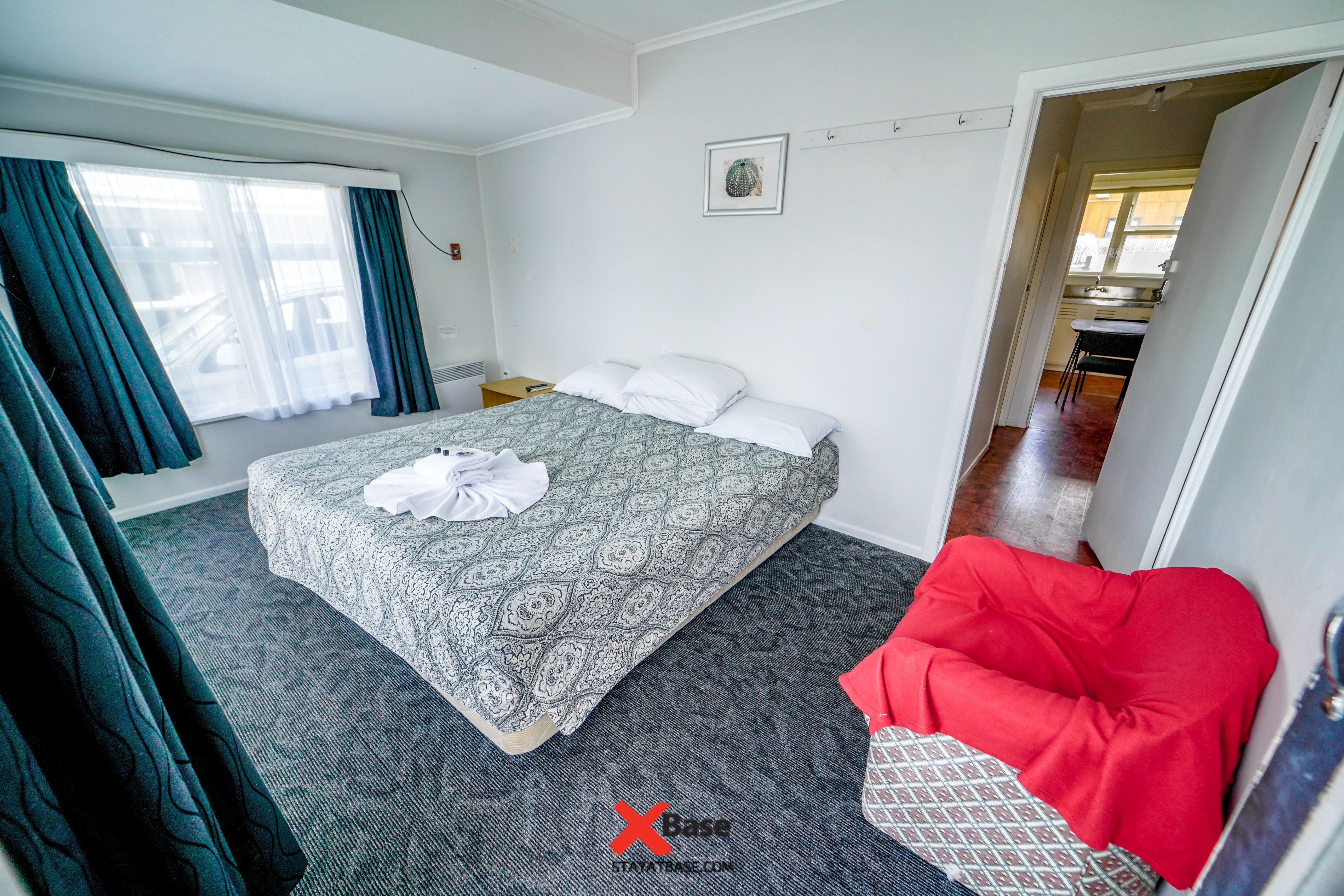 private accommodation in paihia base hostel