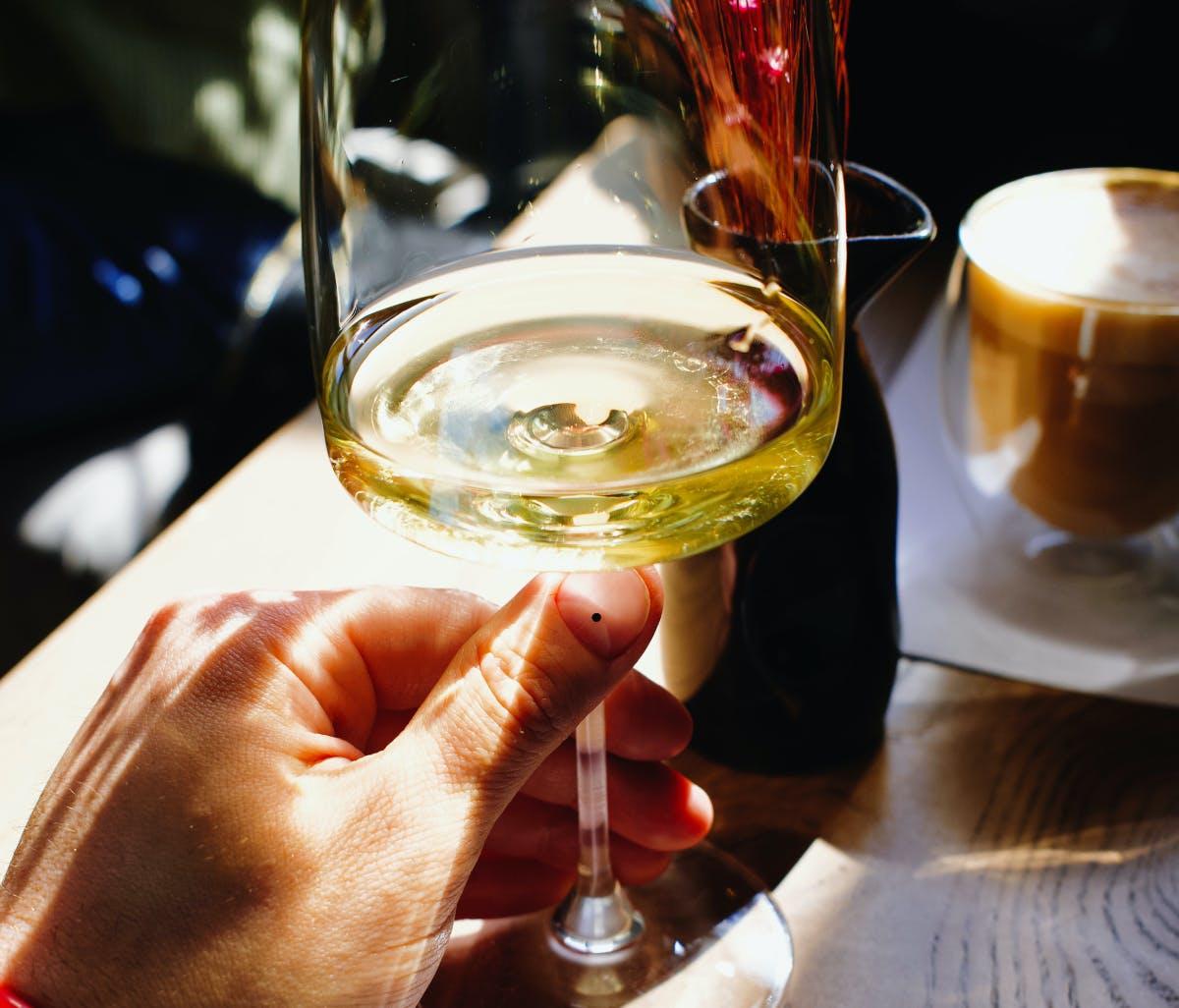 visit the wine region in tasmania