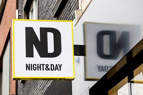 Night & Day-Un peu de lumière dans la nuit.