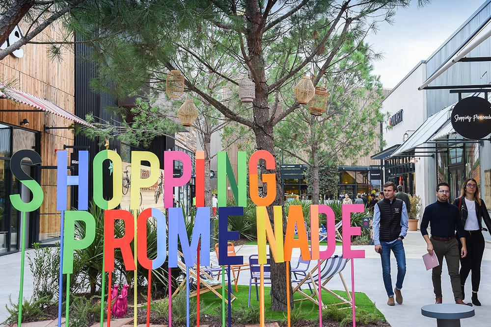Shopping Promenade
