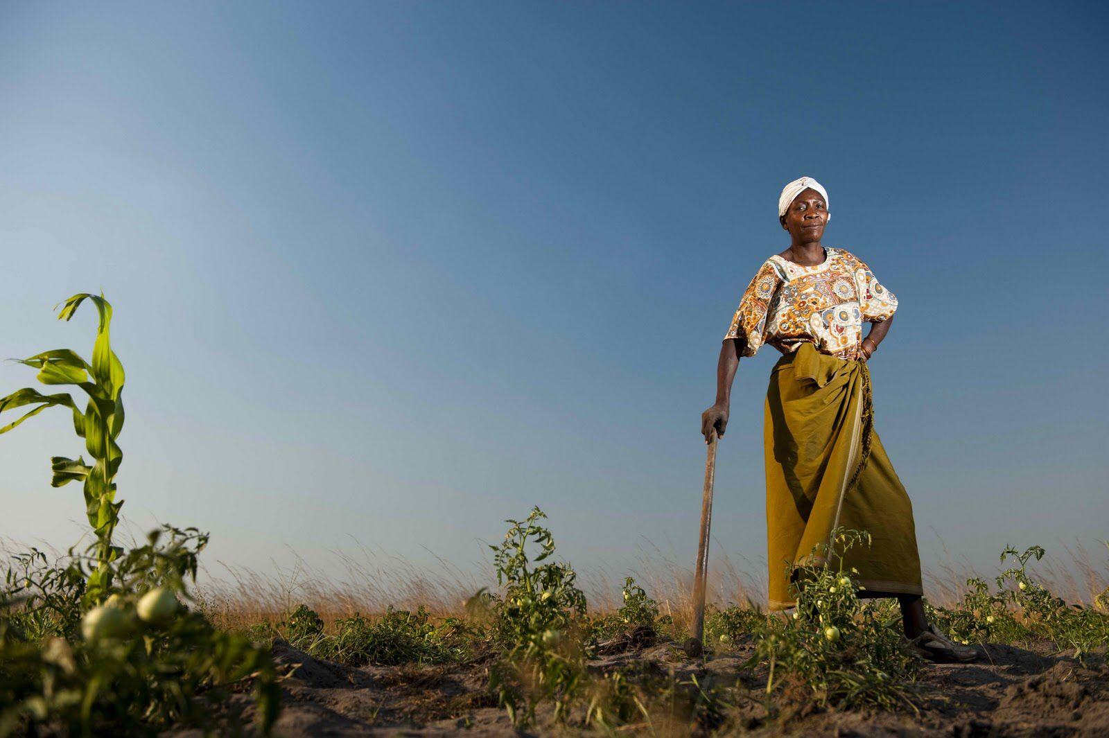 Empowering Female Farmers - foodandmigration.com