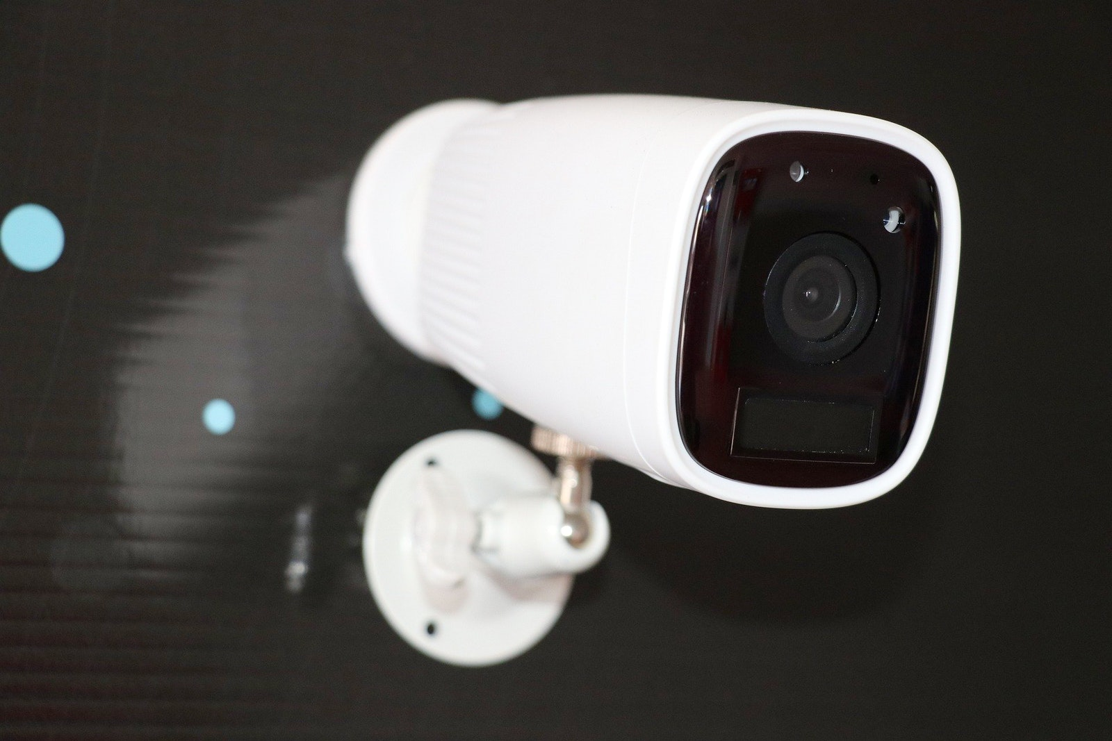 The Best Wireless Outdoor Home Security Cameras In 2021 Arlo Ring Nest