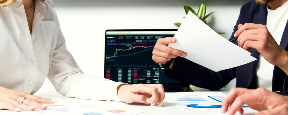 13 Best CFD Brokers in the UK [2021 Review]