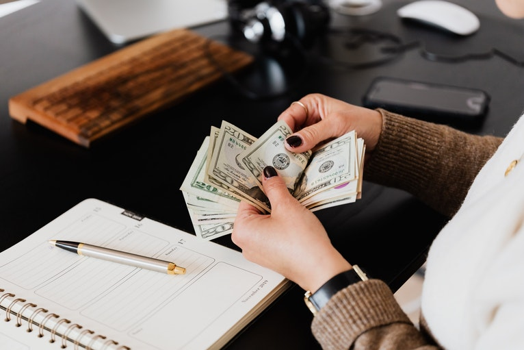 How to Ask Your Employer for a Raise