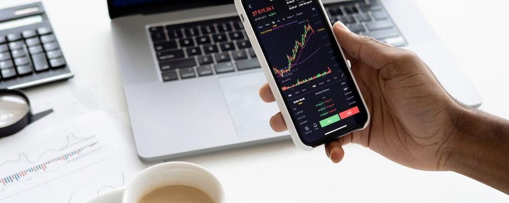 Top Options Brokers in the UK