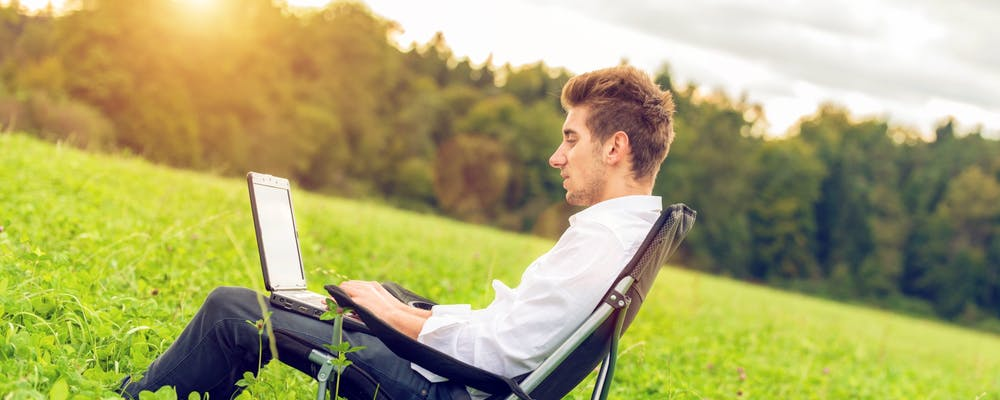 How to Write Out-of-Office Messages for Any Situation