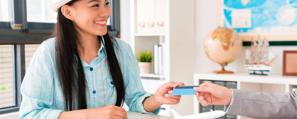 Credit Cards With Air Miles: Top 5 in the UK