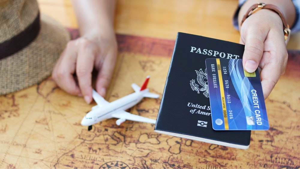 Top 5 UK Credit Cards With Air Miles