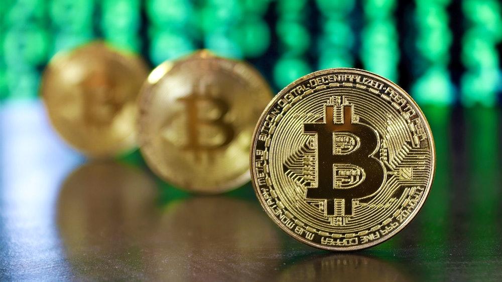 cum investesc în stocul bitcoin