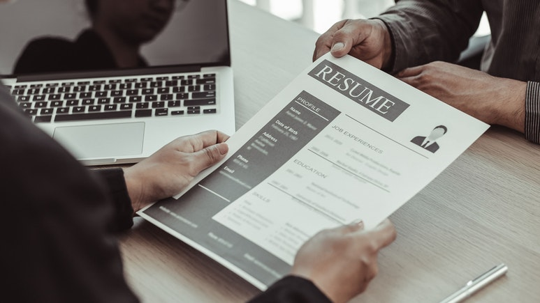 Practical Advice on How to Include Voluntary Experience on Your Resume