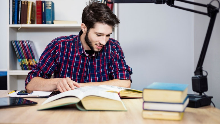The Best Free University and College Courses for Business Analytics