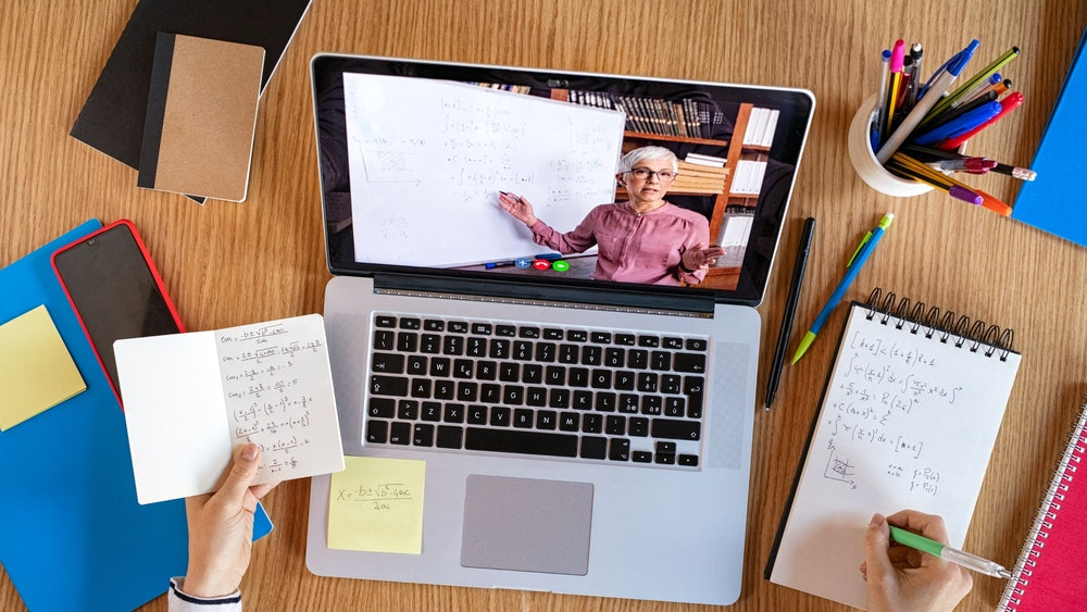 What Online Learning Platform Actually Looks Good On Your Resume?
