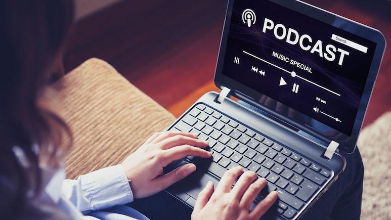 8 Best Podcast Hosting Websites