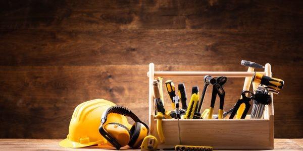 10 outils à avoir chez soi