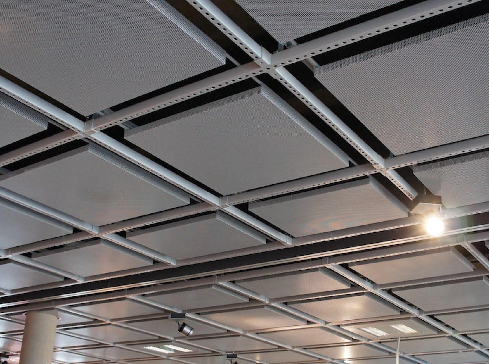 Faux plafond métallique