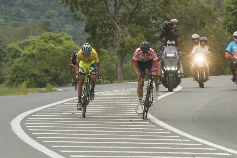 1544755996 dbea tour cycliste18 3