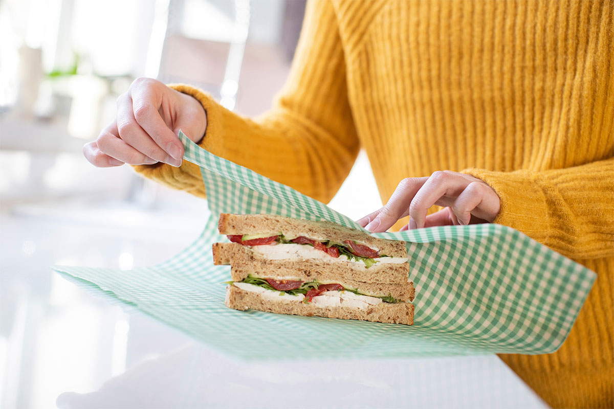 Wrapping lunch in a beeswax wrap