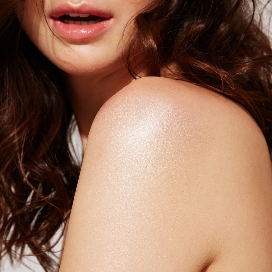 Highlighter Isn't Just For Your Cheeks: These 7 Body Products Are Proof