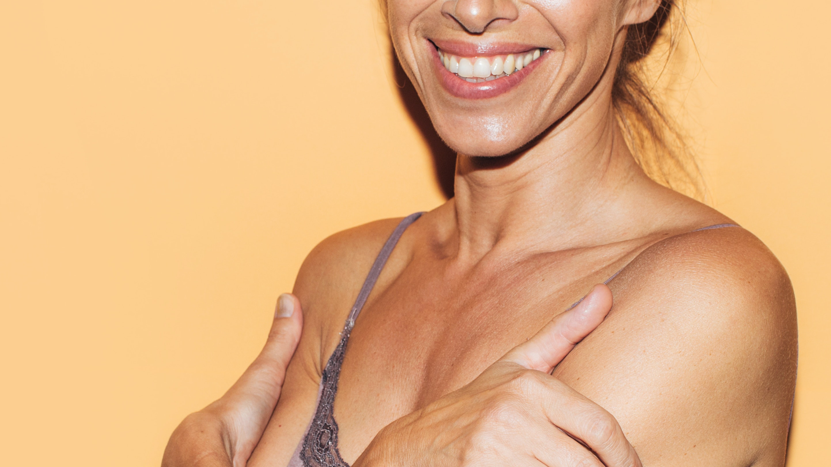 Ask a Derm: How to Get Rid of Crepey-Looking Skin On Your Neck, According to Dr. Robert Anolik