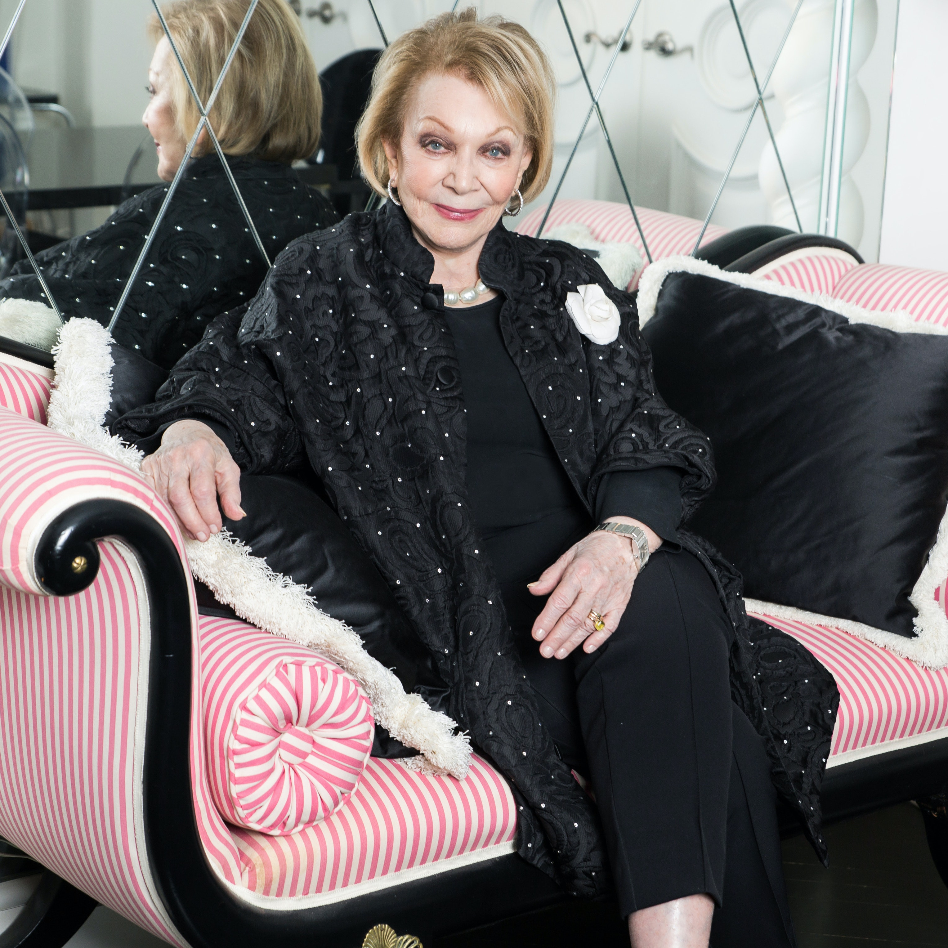 Legendary Journalist Joan Kron Discusses Plastic Surgery, Injectables, and the Perfume Taxi Drivers Love