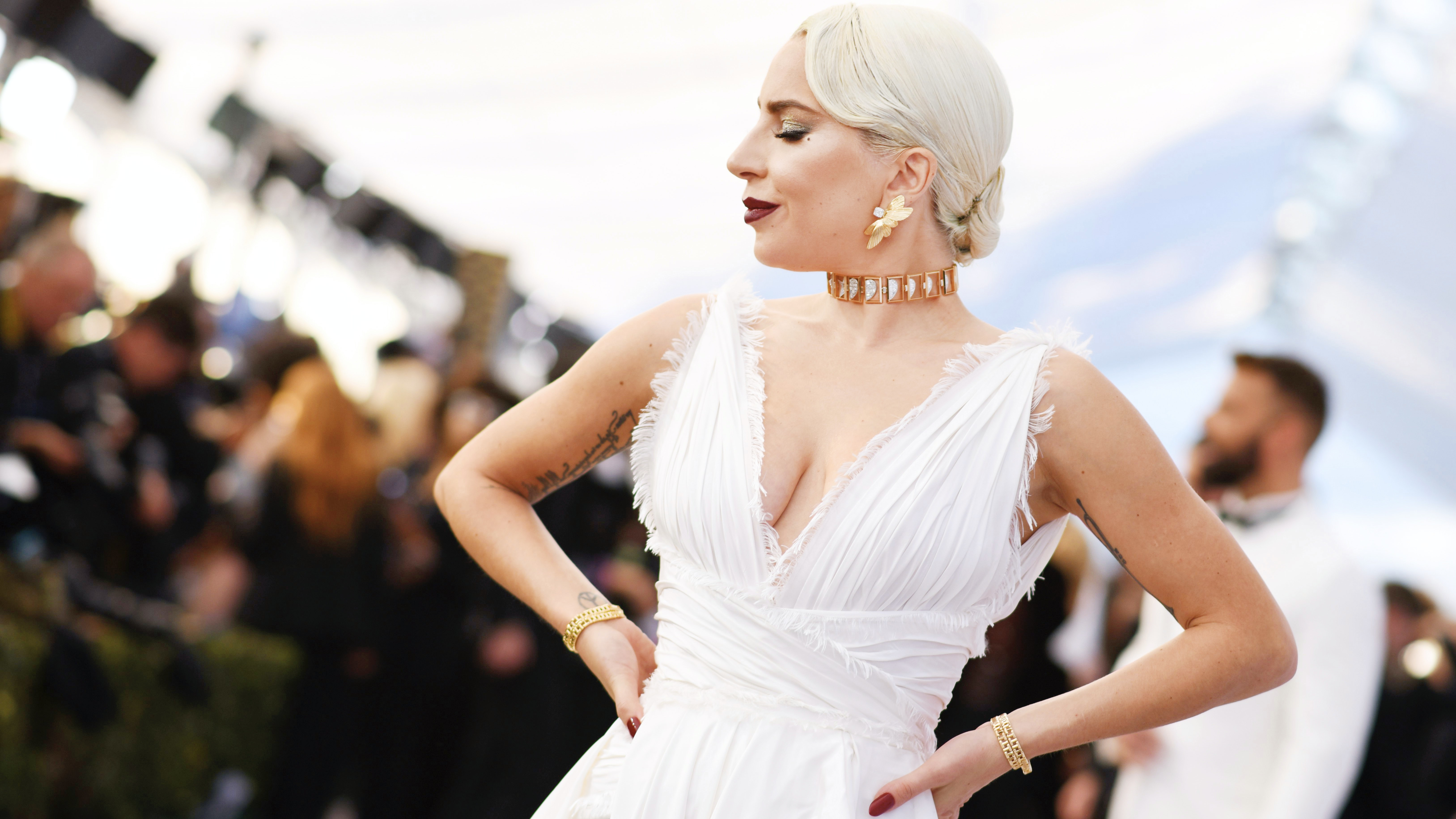 See All of Lady Gaga's Best Beauty Looks From 2019 Award Season — and Vote For Your Favorite!