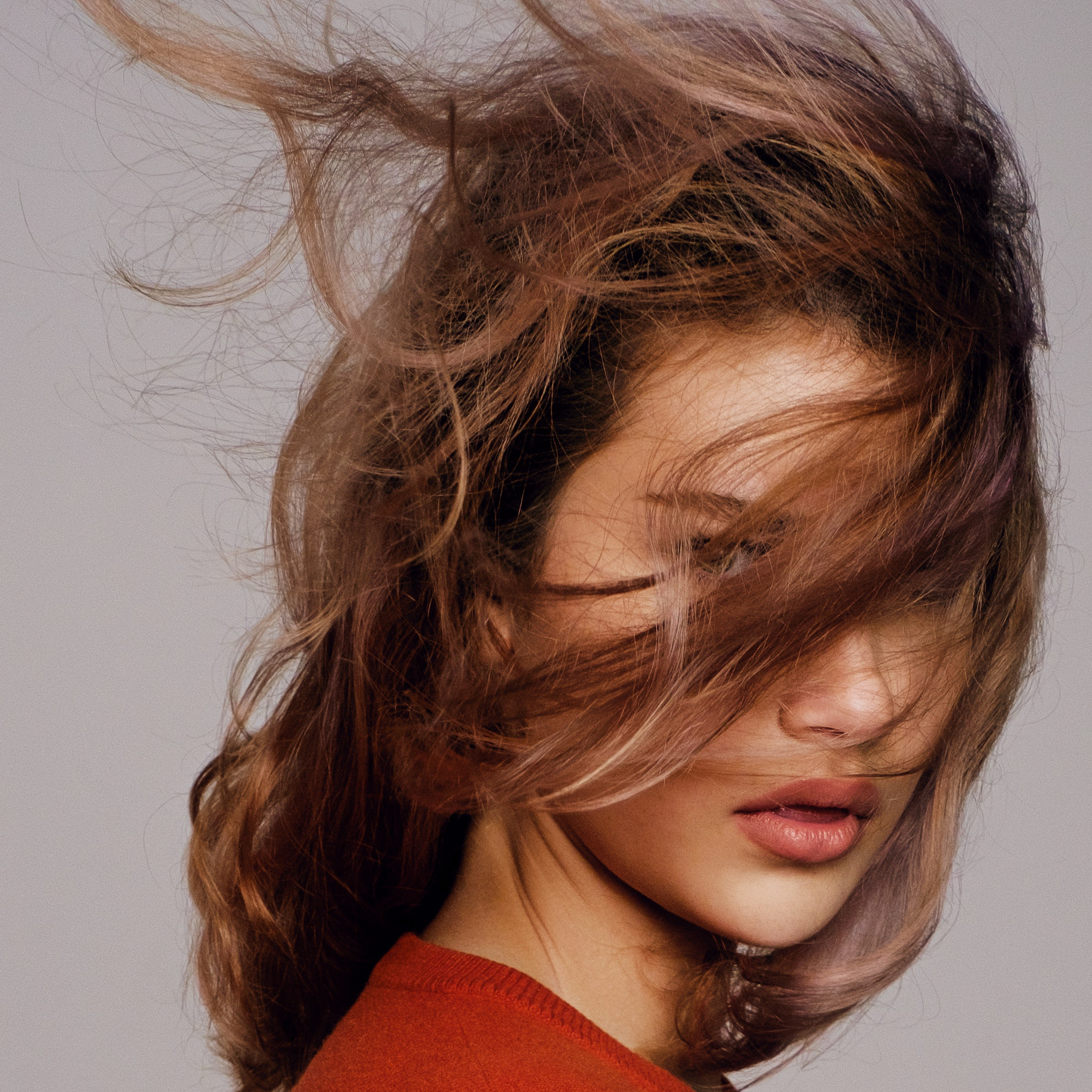 What Is a Second Day Dry Shampoo and Do You Really Need One? We Investigate