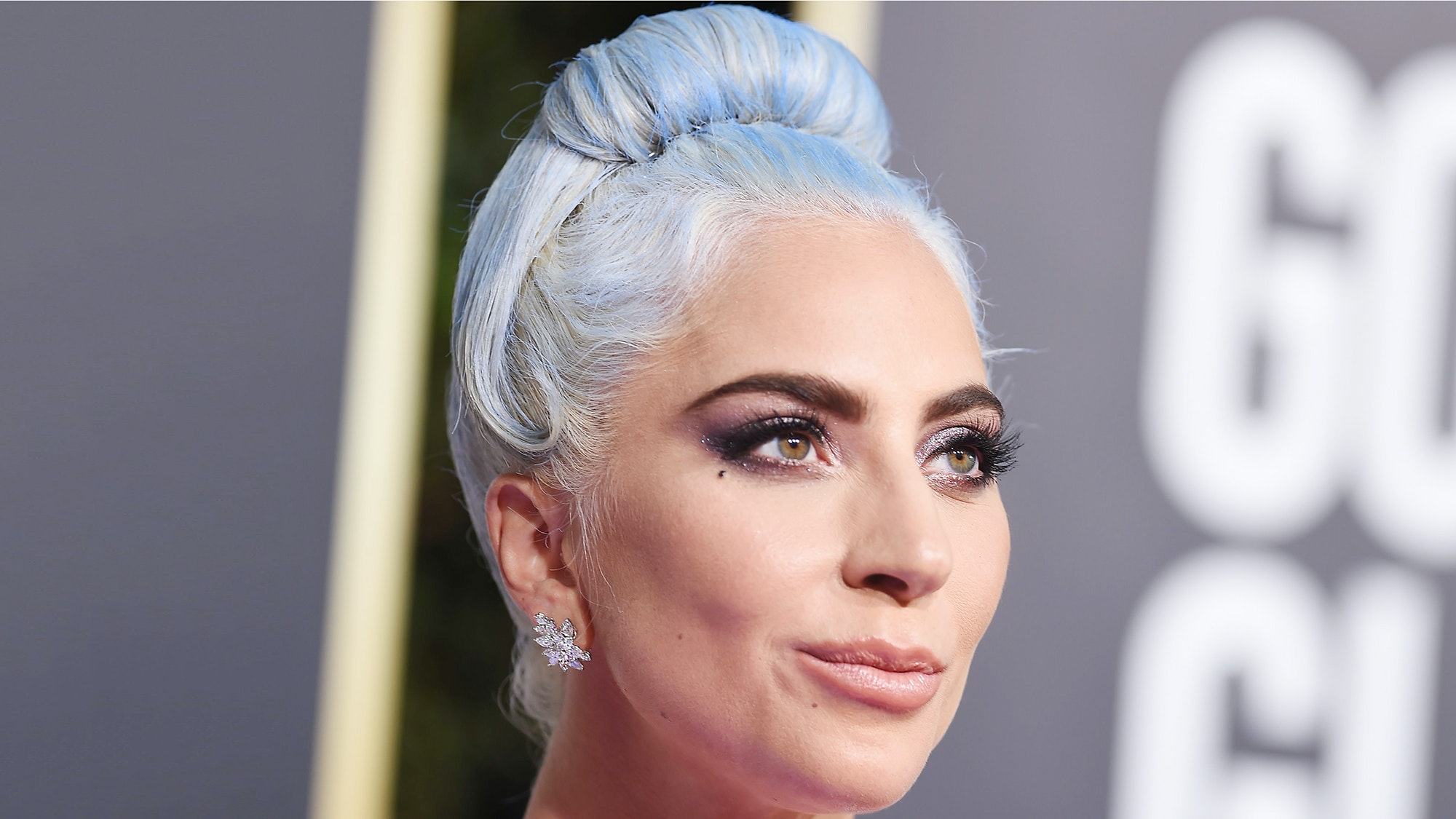 Lady Gaga Looked Like a Modern Cinderella at the 2019 Golden Globes