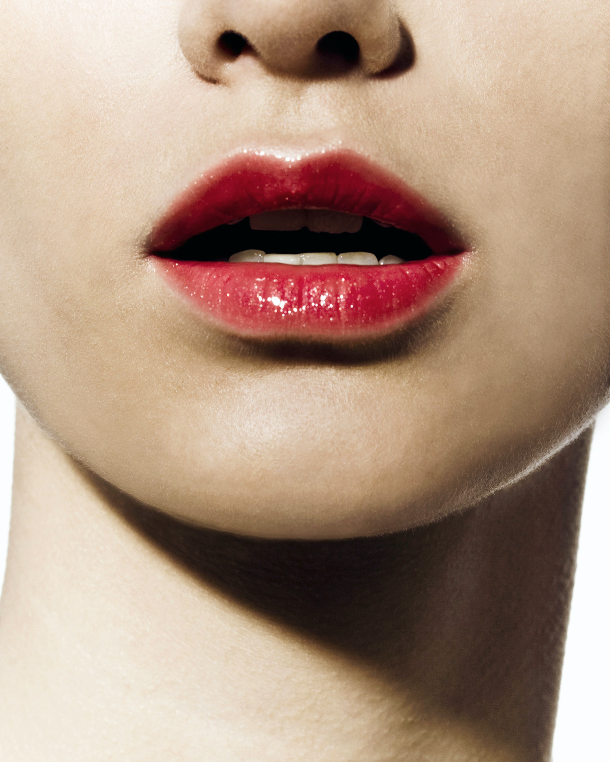 Want Fuller Lips Fast? Try These 3 Techniques