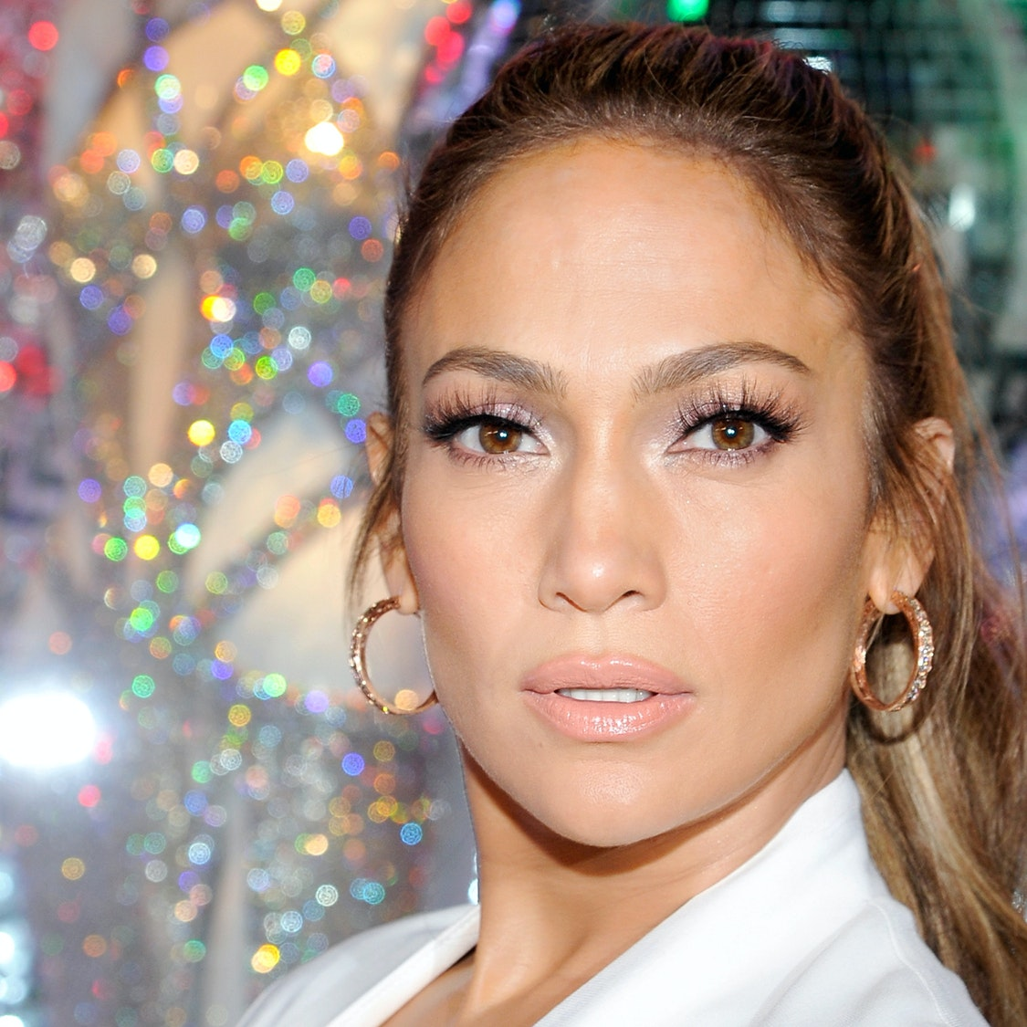 Get the Look: J. Lo's Legendary, Luminous Glow