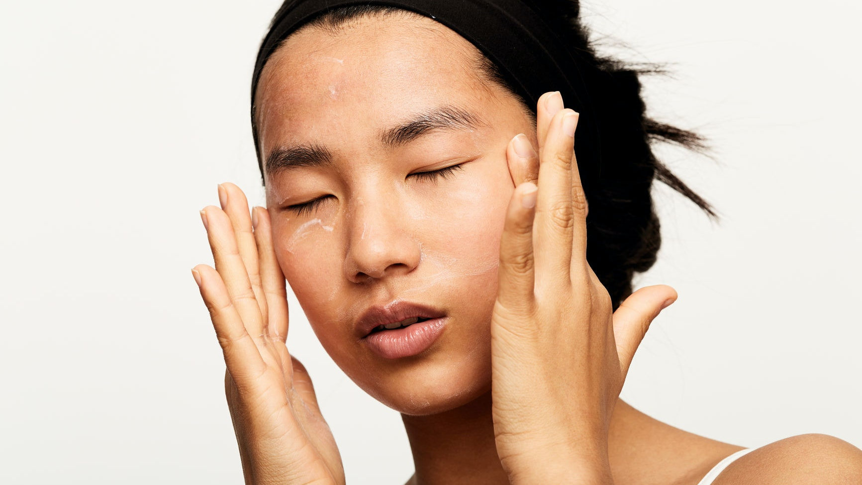 Why Buzzy Skincare Ingredient Cica Belongs in Your Beauty Arsenal