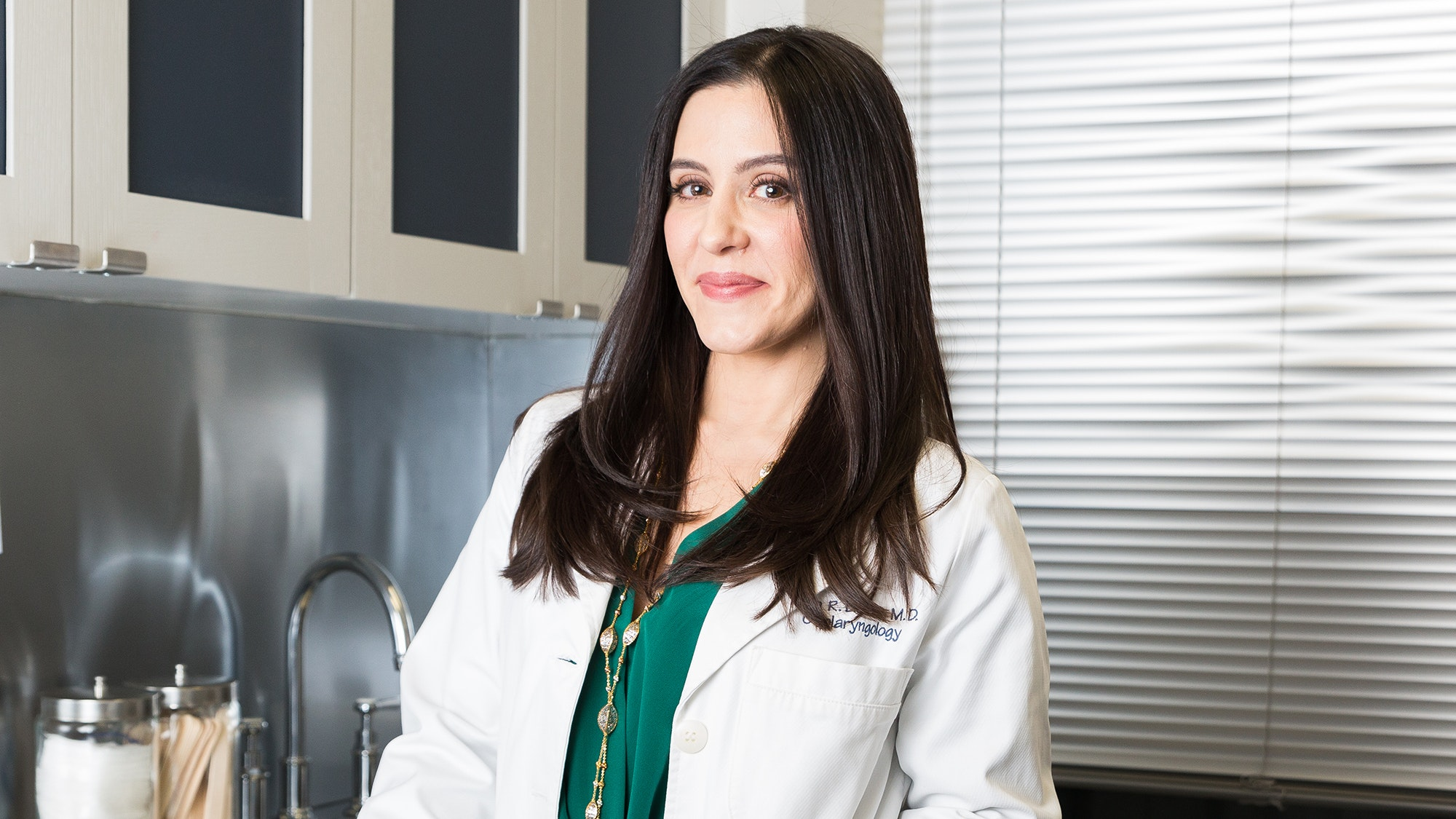 "Plastic Surgeon Dr. Dara Liotta on ""Tweak-ments,"" Millennial Patients, and Why the Operating Room Is Her ""Zen Place"""
