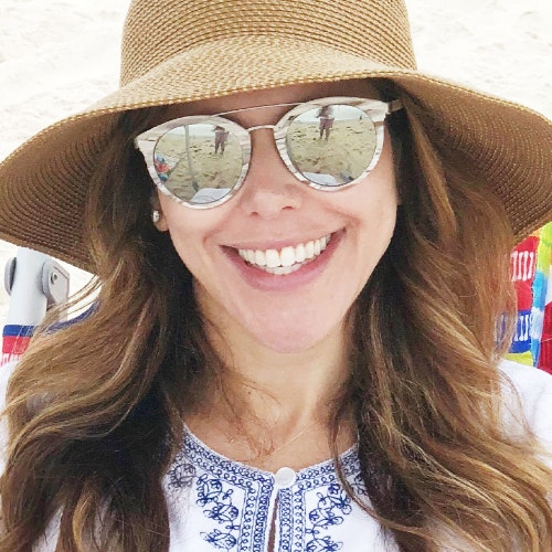 5 Ways to Soothe Sunburned Skin, According to the Derm Wife