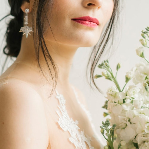 Bridal Treatment Timeline: What to Get and When