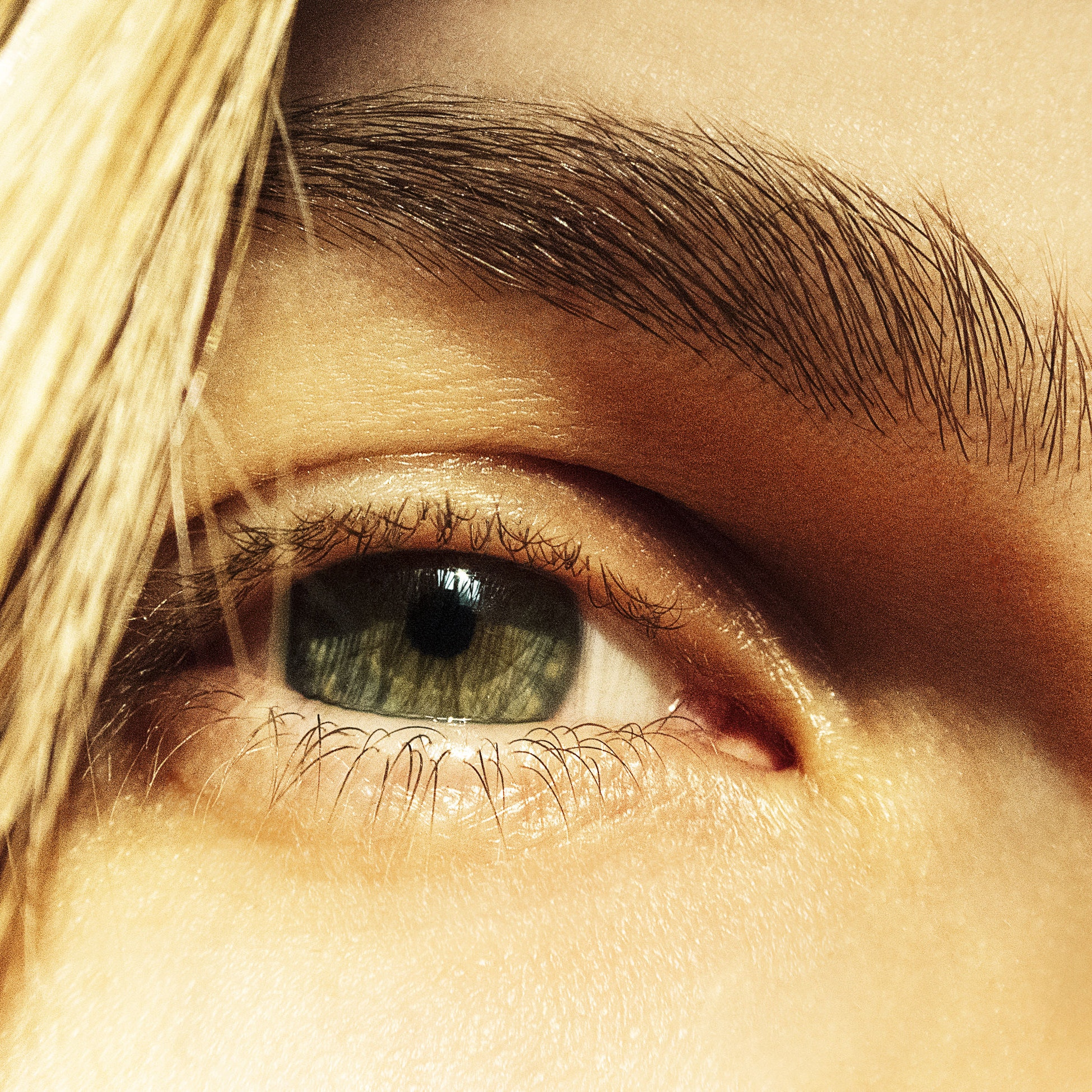 4 Mistakes You Might Be Making With Your Eyebrows, According to Anastasia Soare