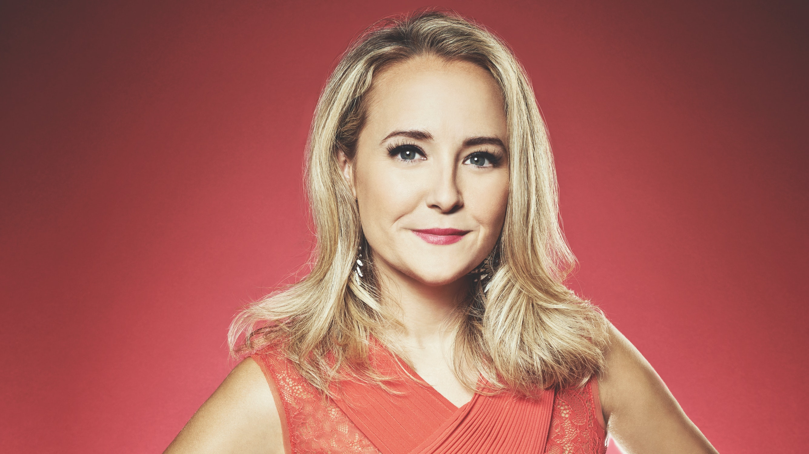 """Why LearnVest Founder Alexa Von Tobel's Motto Is """"Get Up, Dress Up, Show Up"""""""