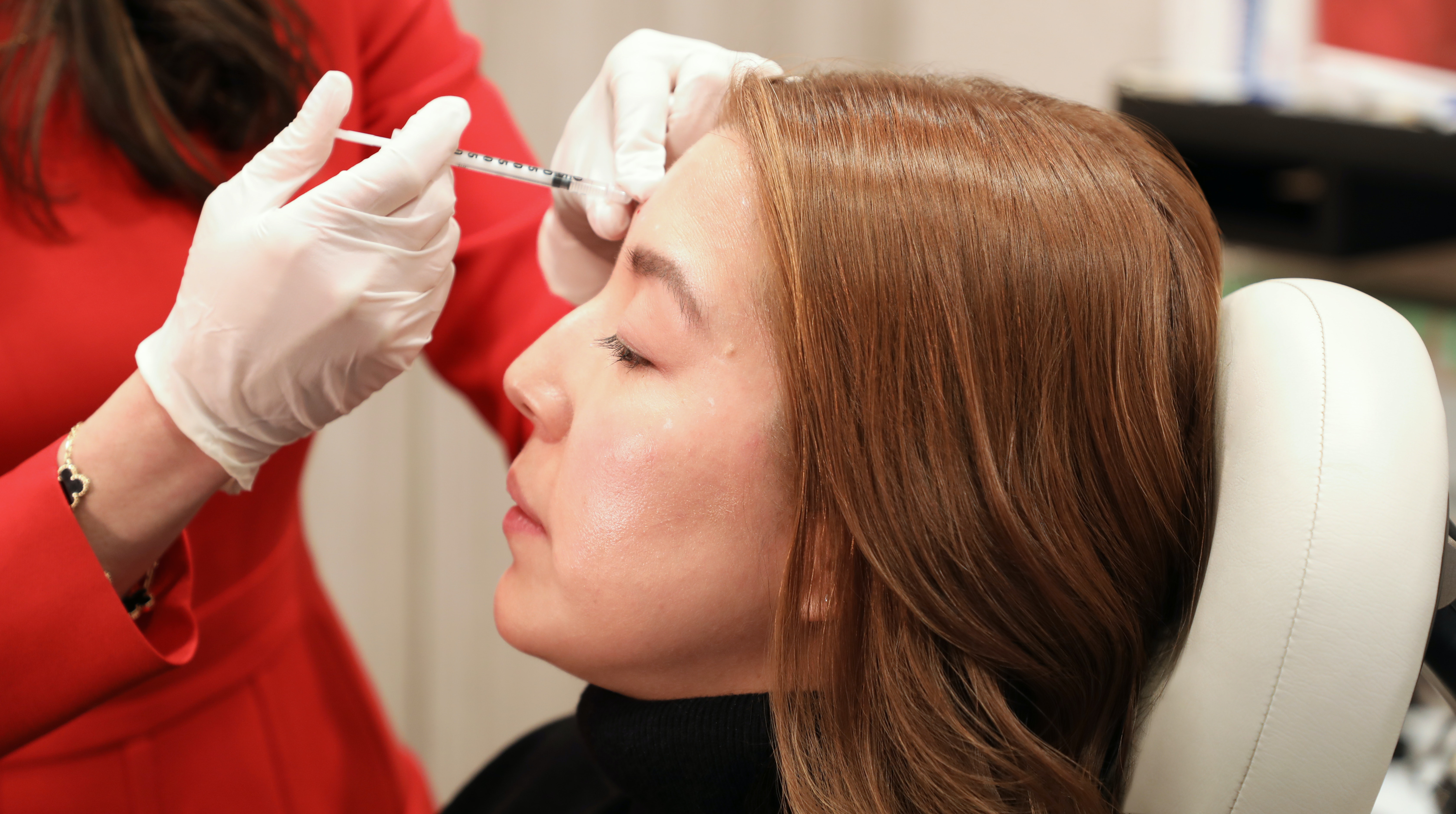 Under the Needle: A 39-Year-Old Gets an Injectable Wrinkle Reducer and Filler For the First Time