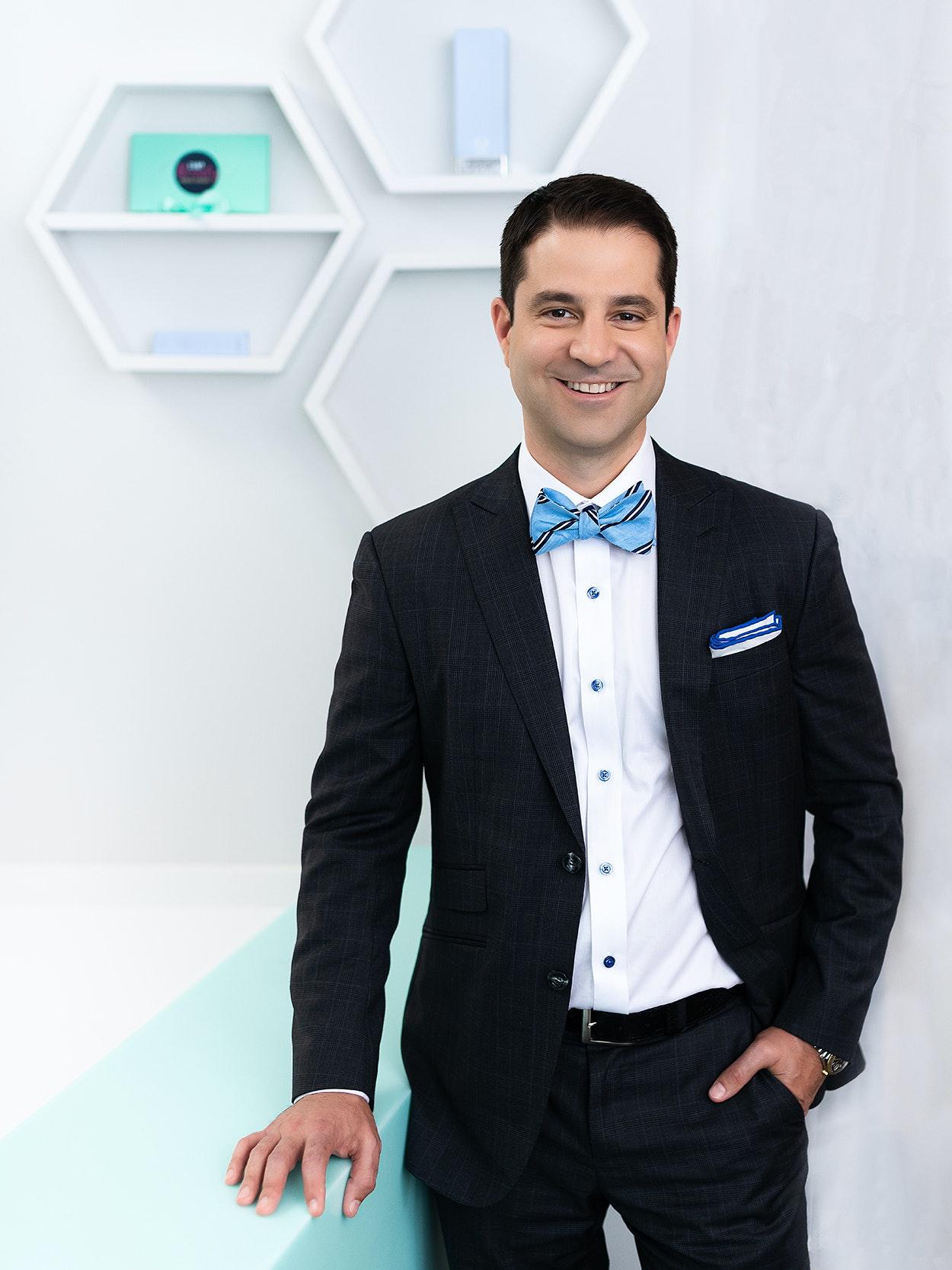 Dr. Steven Camp