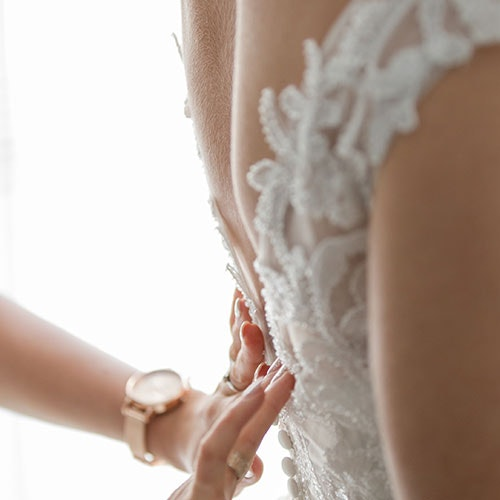 When to Schedule Your CoolSculpting Appointment Before Your Wedding, According to Dr. Chris Adigun